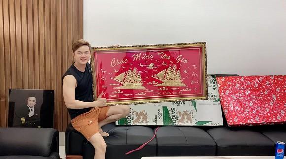 Sau hơn 1 năm ly hôn cháu gái Kim Tiểu Long, ca sĩ Khưu Huy Vũ khoe không gian nhà mới sang trọng-6