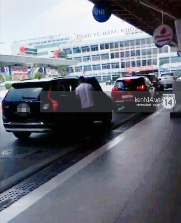 Clip: Nghi vấn MC Minh Hà ôm hôn tình mới ở sân bay Tân Sơn Nhất-5