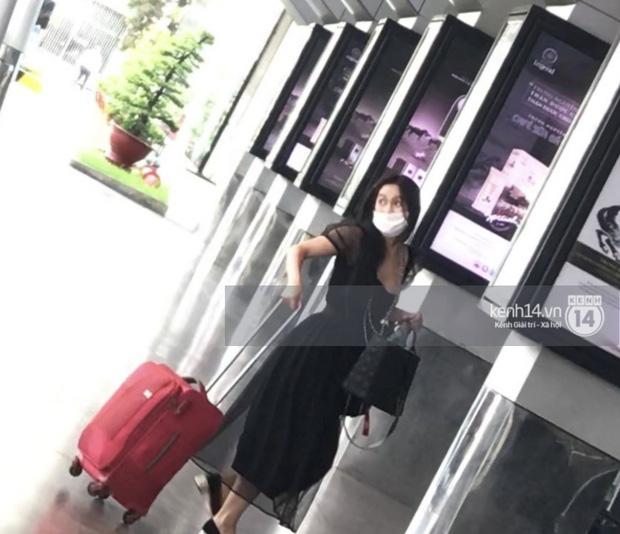 Clip: Nghi vấn MC Minh Hà ôm hôn tình mới ở sân bay Tân Sơn Nhất-3