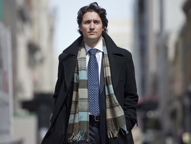 Thủ tướng Canada và cú vuốt tóc đi vào lòng người: Tút lại vẻ phong độ, quyến rũ chỉ sau 1 nốt nhạc!-2