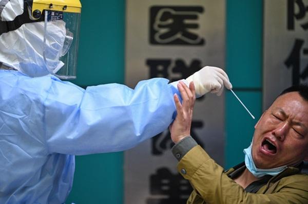 Vũ Hán sau đợt phong tỏa toàn diện 76 ngày: Cuộc sống dần trở lại bình thường, nhưng vết sẹo đớn đau từ đại dịch vẫn ở đó-10