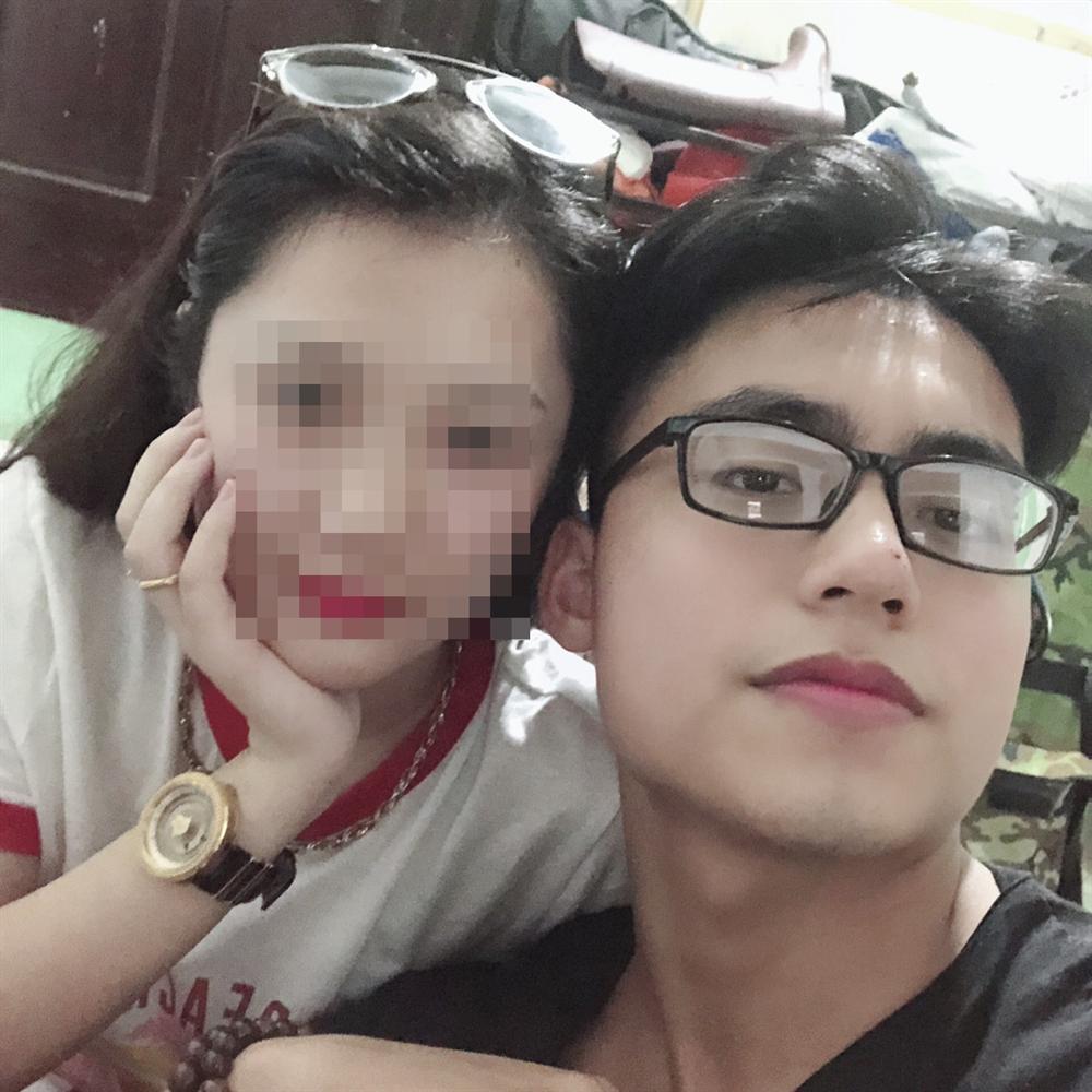 Em trai Sơn Tùng M-TP thân mật, ôm vai bá cổ con gái Đường Nhuệ-4