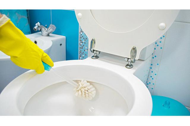 Nhà vệ sinh một tuần vẫn thơm tho nhờ mẹo nhỏ ít người biết-2