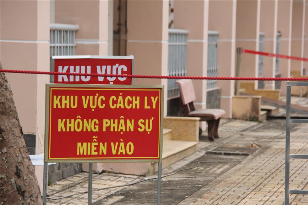 Nữ giúp việc cho bệnh nhân 34 dương tính trở lại sau 14 ngày được công bố khỏi bệnh tại Bình Thuận-2