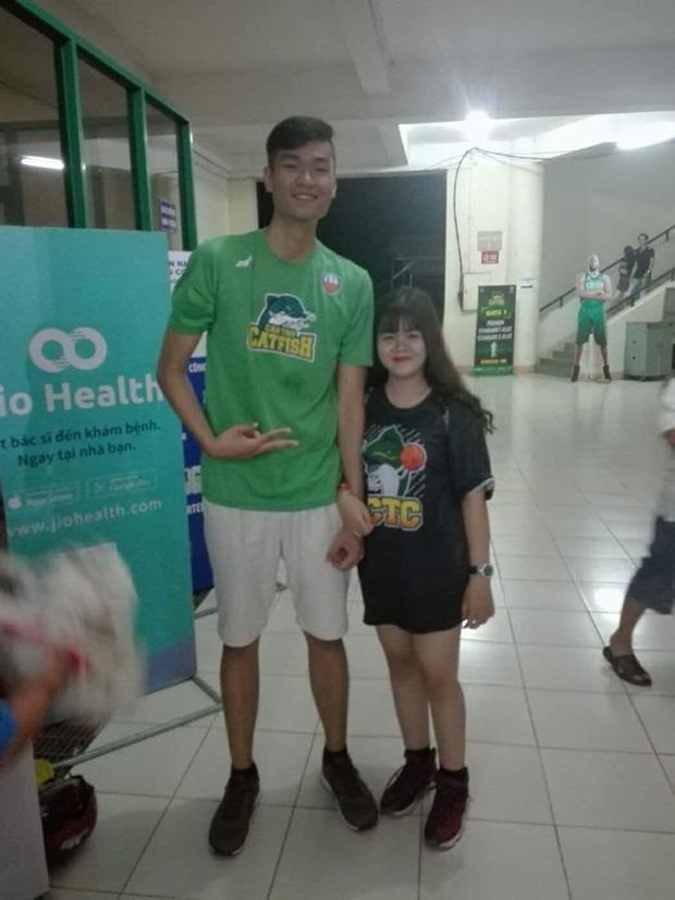 Câu chuyện cọc đi tìm trâu và mối tình kéo dài hơn 5 năm của chàng kều tuyển bóng rổ Việt Nam gây sốt cộng đồng mạng-4