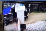 Vụ lùi xe tải cán chết bé trai hơn 1 tuổi rồi xóa dấu vết: Tạm giữ hình sự tài xế xe tải-3