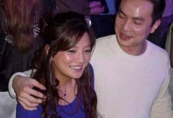 """5 mối tình kín tiếng của Triệu Vy: Toàn nhân vật máu mặt"""" vừa có tiền vừa có quyền, profile khủng đến mức khó ai bì kịp-3"""