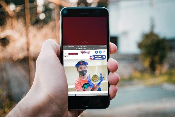 Cách xử lý khi iPhone chỉ hiển thị nội dung ở nửa dưới màn hình-1