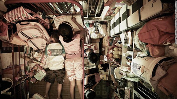 Bi kịch thế giới nhà chuồng cọp ở Hong Kong những ngày cách ly xã hội: Mỗi phòng cả chục người, giãn cách kiểu gì bây giờ?-1