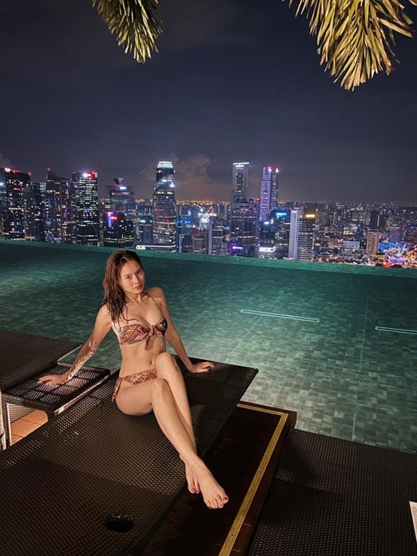 Giữa lúc lộ ảnh du lịch riêng với Chi Dân ở Singapore, Lan Ngọc bất ngờ thổ lộ tình cảm với một người khác?-4