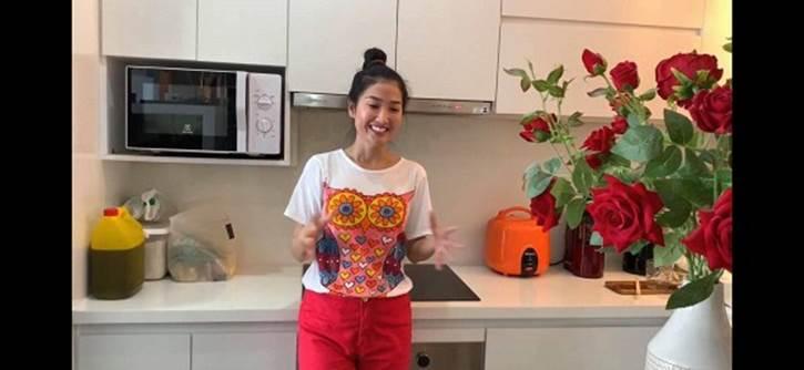 Nữ hoàng phim xưa Quỳnh Lam khoe căn hộ có hẳn phòng xông hơi cực xịn xò-1