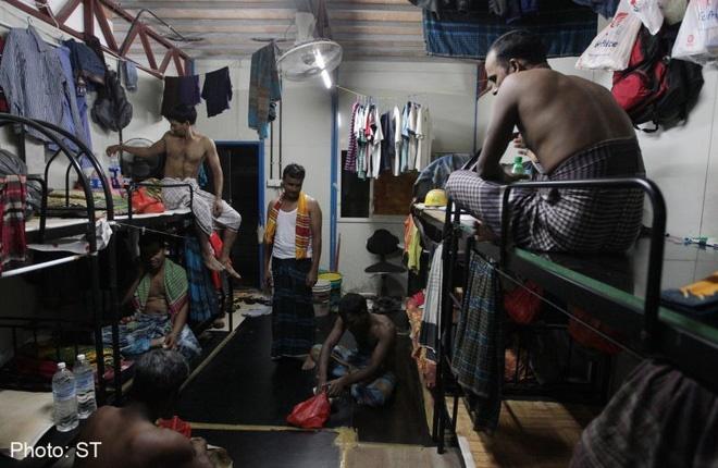Covid-19 để lộ ra mặt trái của xã hội Singapore: Có một tầng lớp đã và đang bị phân biệt rõ ràng đến đáng sợ-1