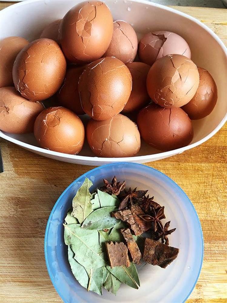 Trứng om ngũ vị tiện nhanh bữa sáng, thơm lừng bữa trưa, lót dạ buổi xế chiều-2