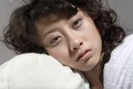 Quầng thâm mắt không chỉ do thiếu ngủ mà có thể là biểu hiện gan đang rất xấu: Cần bổ sung ngay 2 loại thực phẩm này để giải độc hiệu quả