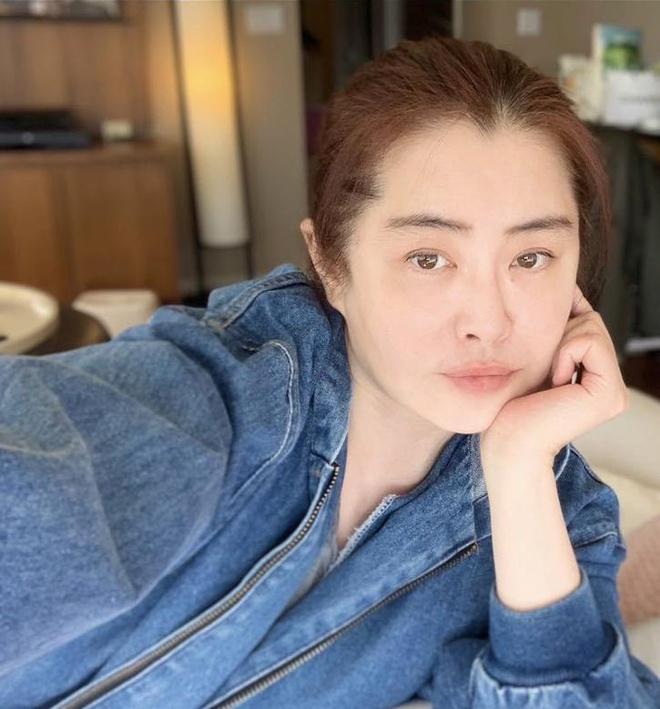 Cuộc sống của mỹ nhân Vương Tổ Hiền ở tuổi 53-4