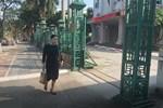 Hà Nội: Nam shipper bị tài xế ô tô hành hung sau va chạm giao thông, sự việc chỉ kết thúc khi có sự can ngăn của 1 cô gái-4