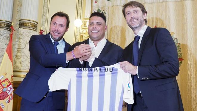 Khối tài sản khổng lồ của Ronaldo béo sau giải nghệ-2