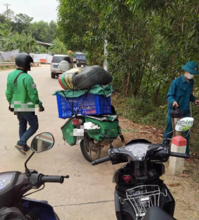 Chất lượng sản phẩm tốt, giao đầy đủ nhưng shop vẫn bị đánh giá 1 sao vì tai nạn khiến khách phải đạp xe 10 cây số để nhận hàng-1