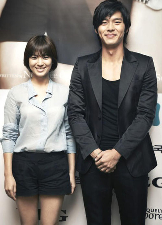Dân tình xôn xao trước bằng chứng cho thấy Song Hye Kyo tái hợp cùng Hyun Bin sau khi ly hôn Song Joong Ki?-4