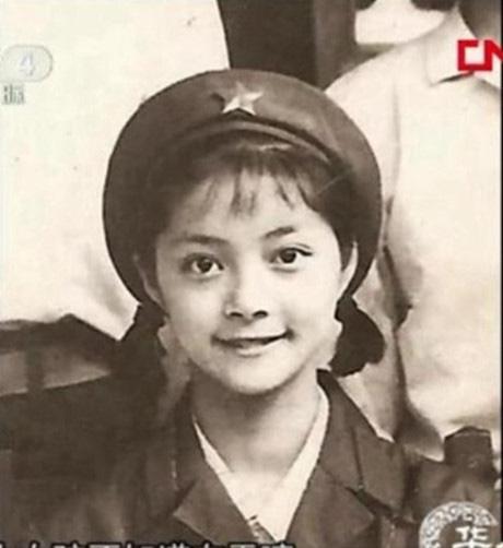 Mỹ nhân Hồng Lâu Mộng: Dính tai tiếng làm gái bao, rời làng giải trí, cuộc sống U60 ra sao?-2