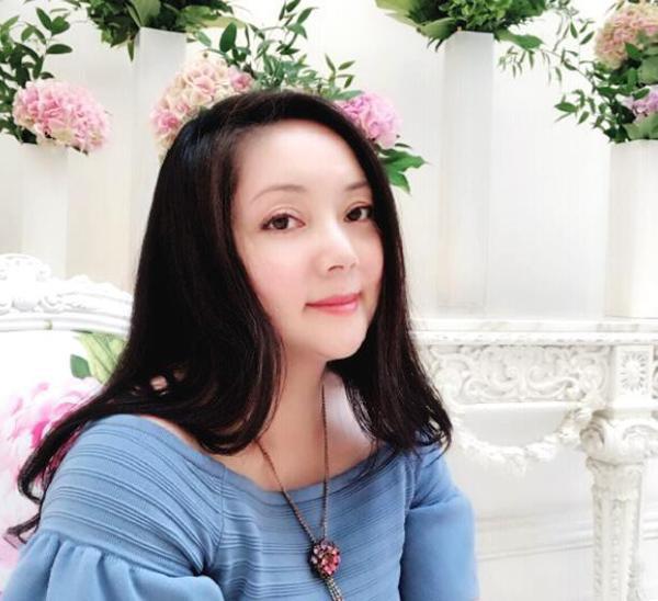 Mỹ nhân Hồng Lâu Mộng: Dính tai tiếng làm gái bao, rời làng giải trí, cuộc sống U60 ra sao?-7