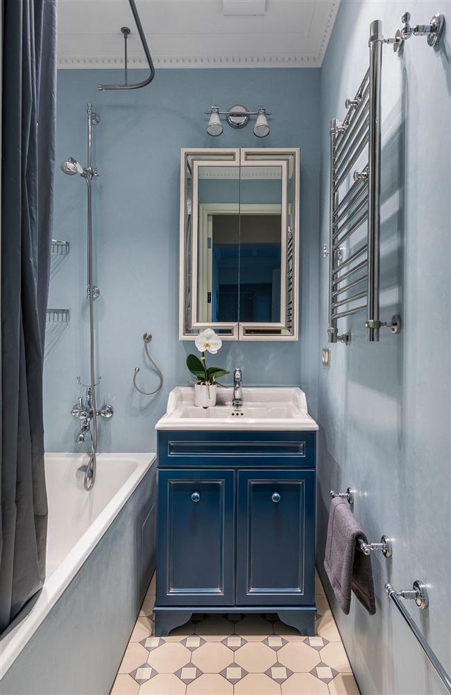 Gam màu xanh và trắng: Bộ đôi hợp thời trang và vượt thời gian cho phòng tắm nhà bạn-7