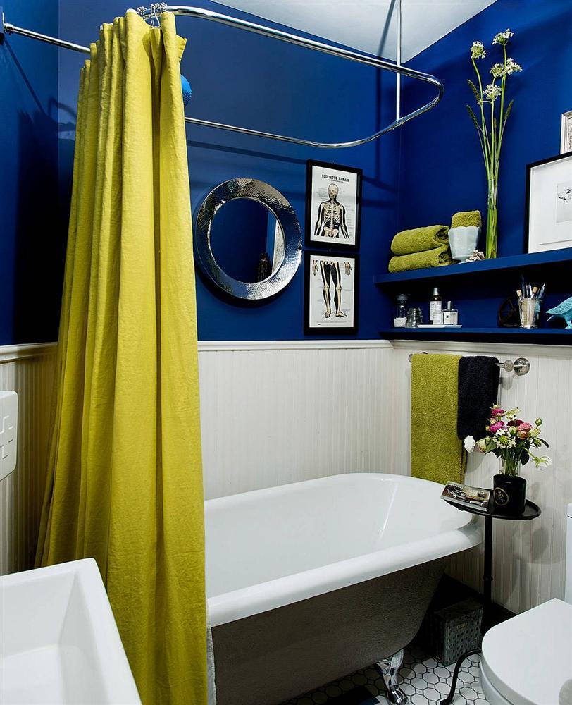 Gam màu xanh và trắng: Bộ đôi hợp thời trang và vượt thời gian cho phòng tắm nhà bạn-14