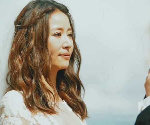 Loạt khoảnh khắc hiếm trong lễ cưới của Lâm Tâm Như - Hoắc Kiến Hoa vừa được tiết lộ, chú rể rưng rưng bên cô dâu-3