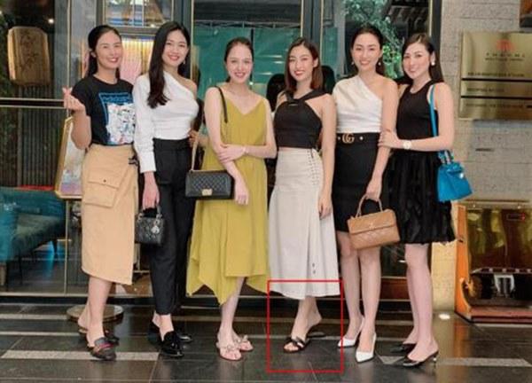 Chiêu ăn gian hài hước bị phát hiện của Hoàng Thùy Linh và dàn sao Việt-7