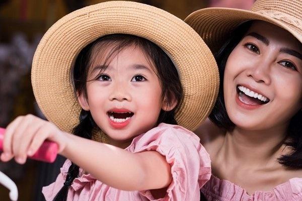 Con gái cố diễn viên Mai Phương đã được Phùng Ngọc Huy đưa sang Mỹ?-6