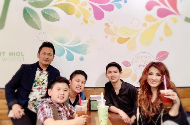 Chuyện xưa nay hiếm: Vợ cũ Bằng Kiều đến dự sinh nhật mẹ chồng, sau ly hôn giữ mối quan hệ bất ngờ-4