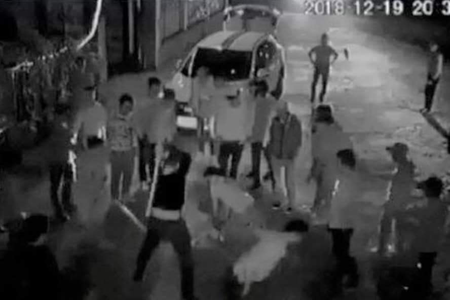 Bị đập gãy chân, nạn nhân vẫn xin giảm án cho con nuôi Đường Nhuệ-2