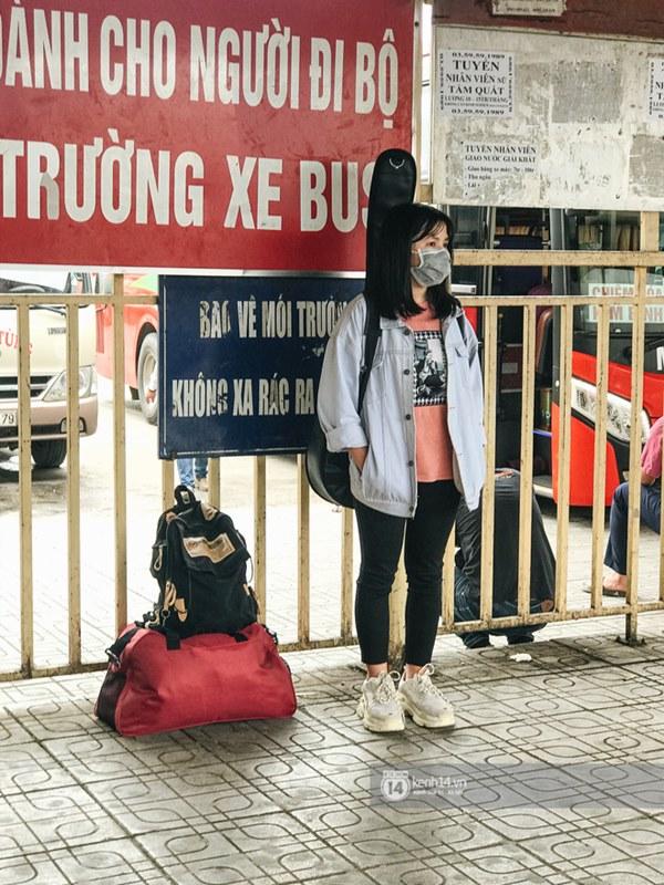 Chùm ảnh sinh viên quay trở lại thành phố học tập, tay xách nách mang hành lý và đồ ăn ngon nhất được cha mẹ gửi gắm-14