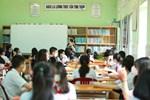 """Chiếc ghế cô đơn"""" viral MXH ngày học sinh trở lại trường, thầy cô nghĩ kế nhắc khéo hội bà tám"""" đáng yêu hết sức-3"""