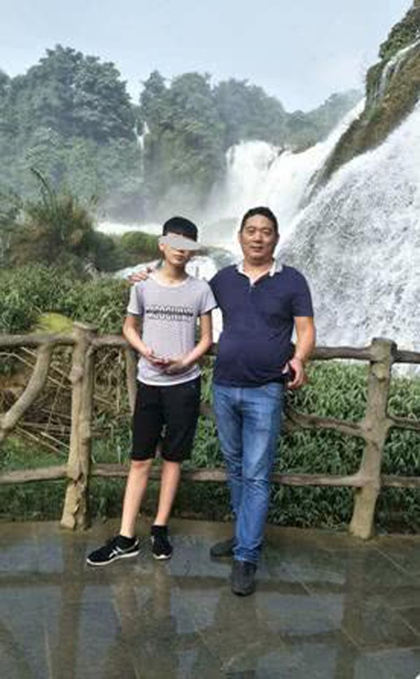 Trung Quốc: Nam sinh 15 tuổi đột tử khi đeo khẩu trang trong lúc tập thể dục, chuyên gia y tế lý giải điều này như thế nào?-2