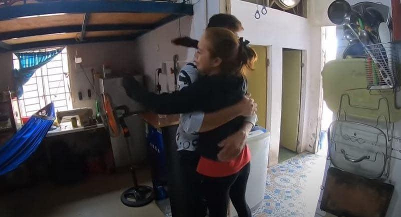 Cô dâu Việt 65 tuổi kết hôn với thanh niên ngoại quốc 24 tuổi: Phản ứng bất ngờ của người thân-2
