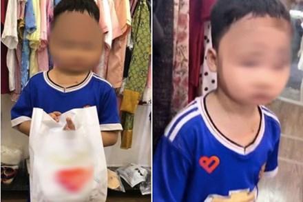 Vừa xách túi đồ ra khỏi shop quần áo, cậu bé bất ngờ bị bố vụt túi bụi, nhưng câu chuyện đằng sau mới khiến nhiều người xúc động