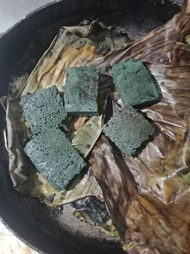Định làm món trứng thần thánh chuyên trị đau bụng của người miền Bắc, cô gái không ngờ lại cho ra sản phẩm hệt như chiếc bánh bông lan-2