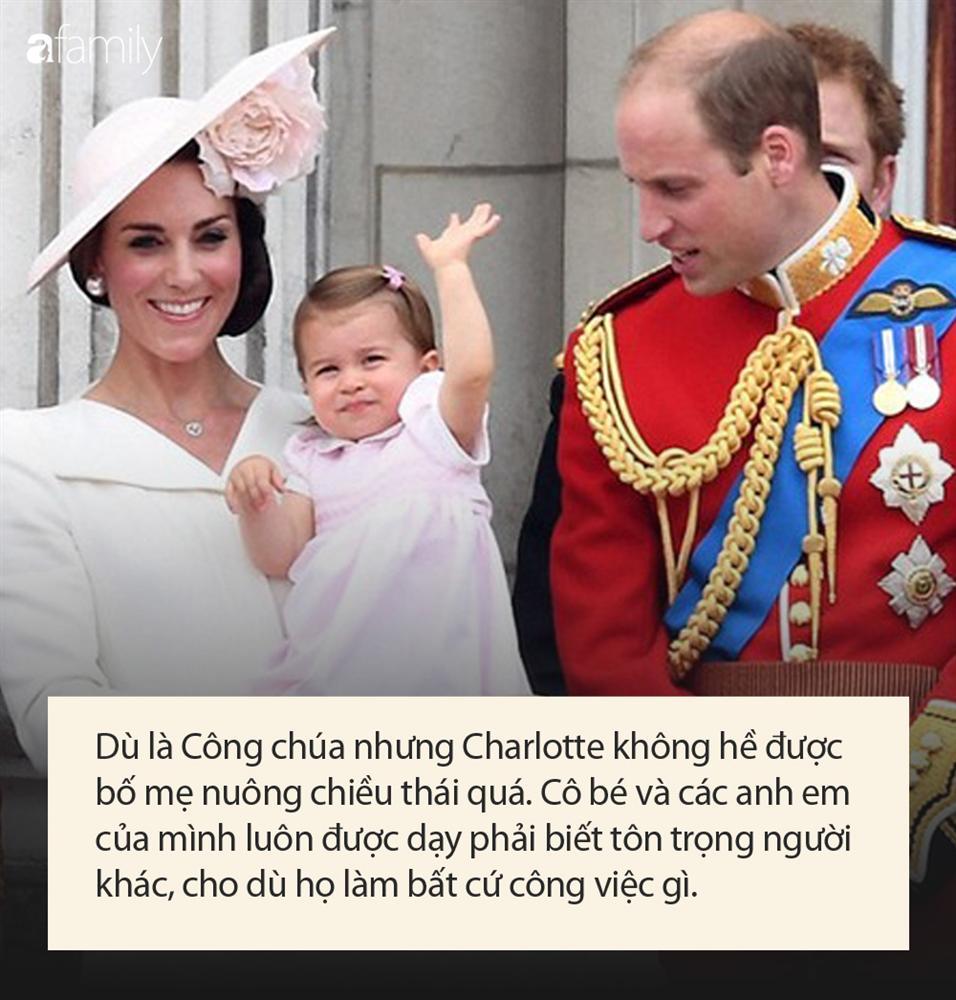 Công chúa nước Anh tròn 5 tuổi: Ở nhà được mẹ dạy cực kỳ tinh tế, đến trường thì thầy cô uốn nắn theo cách đặc biệt như này-5