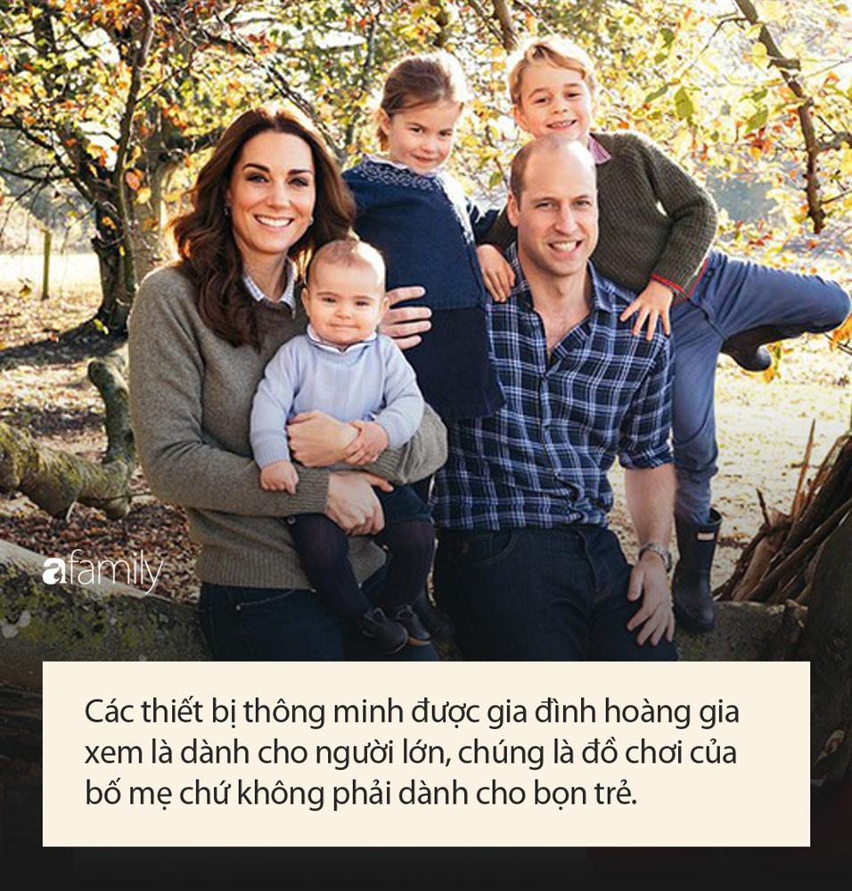 Công chúa nước Anh tròn 5 tuổi: Ở nhà được mẹ dạy cực kỳ tinh tế, đến trường thì thầy cô uốn nắn theo cách đặc biệt như này-7