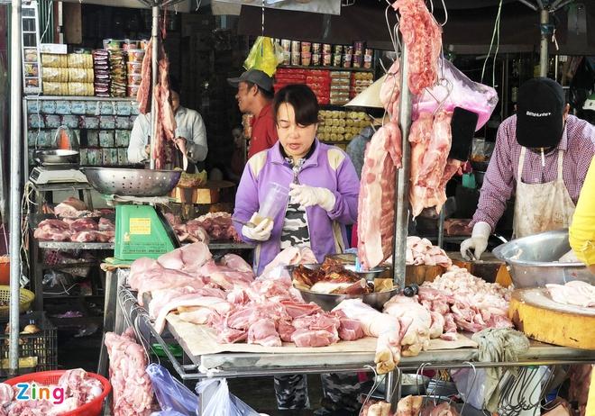Giá thịt lợn hơi lại tăng vọt sau cam kết giảm xuống 70.000 đồng/kg-1