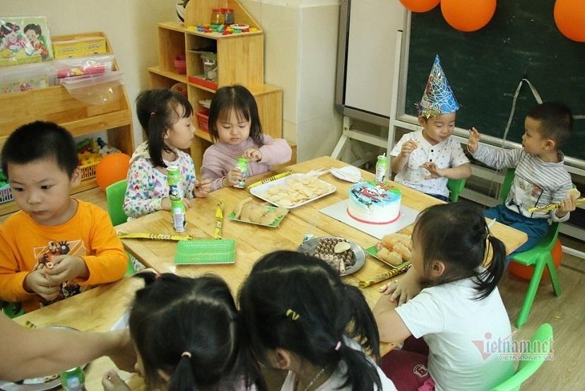 Trẻ mầm non và tiểu học ở Hà Nội khi quay lại trường có học bán trú?-1