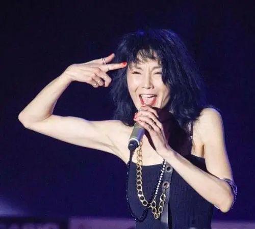 Đệ nhất mỹ nhân Hong Kong Trương Mạn Ngọc: Tuổi U60 già nua, lập dị, không con cái-8