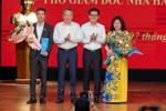 NSND Công Lý nhậm chức Phó Giám Đốc Nhà hát Kịch Hà Nội, MC Thảo Vân liền có hành động chứng minh mối quan hệ với chồng cũ-5