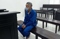 Vết sơn trên váy bé 2 tuổi tố cáo tội ác của gã thợ già và giá đắt phải trả