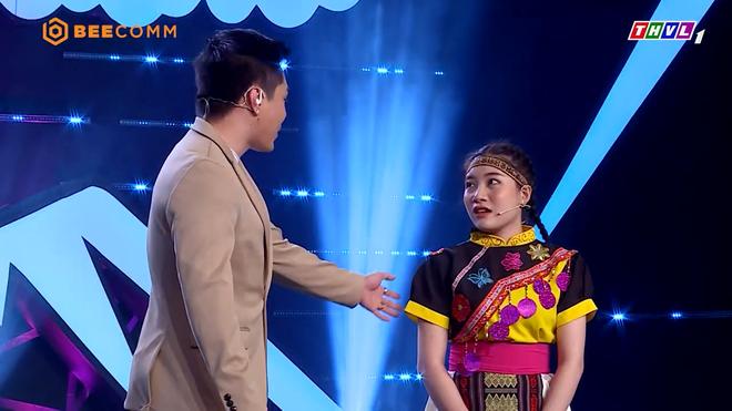 Việt Hương xin lỗi Lê Dương Bảo Lâm vì lôi công việc livestream của anh ra nói-3