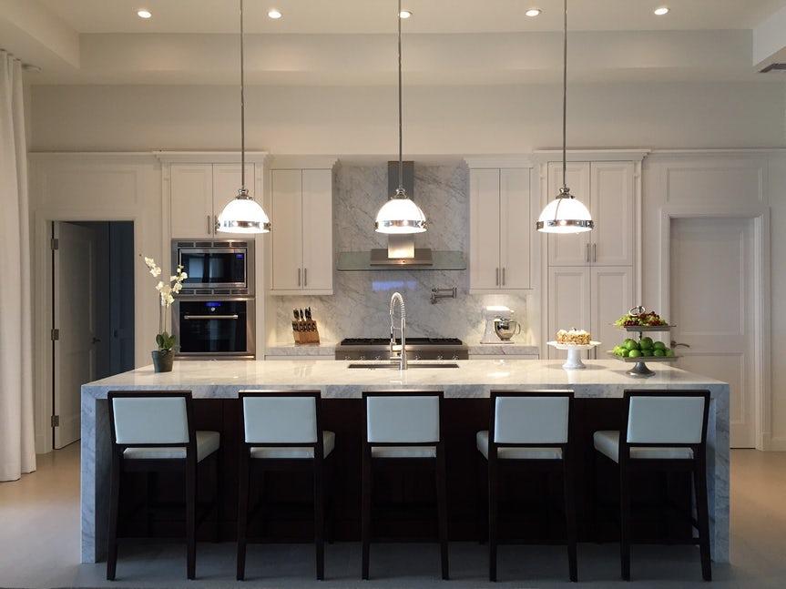Một bộ ghế sắc màu cho căn bếp gia đình thêm xinh khiến tim ai cũng phải rung rinh-6