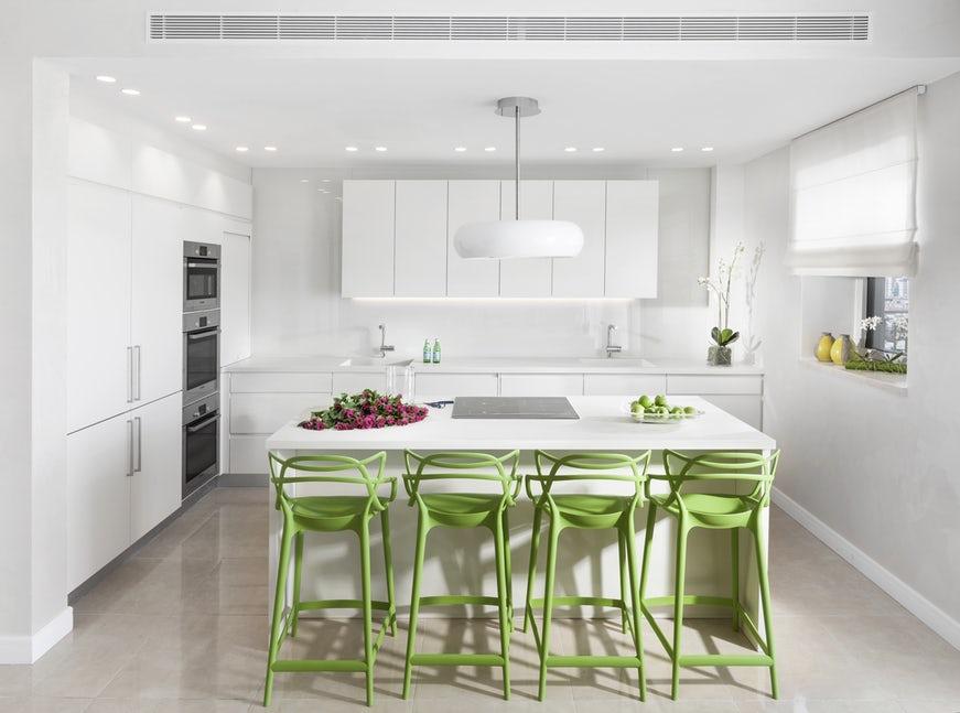 Một bộ ghế sắc màu cho căn bếp gia đình thêm xinh khiến tim ai cũng phải rung rinh-20