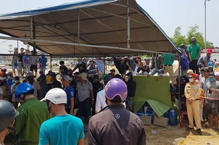 Đã tìm thấy 2 nạn nhân cuối cùng trong vụ lật ghe trên sông Thu Bồn