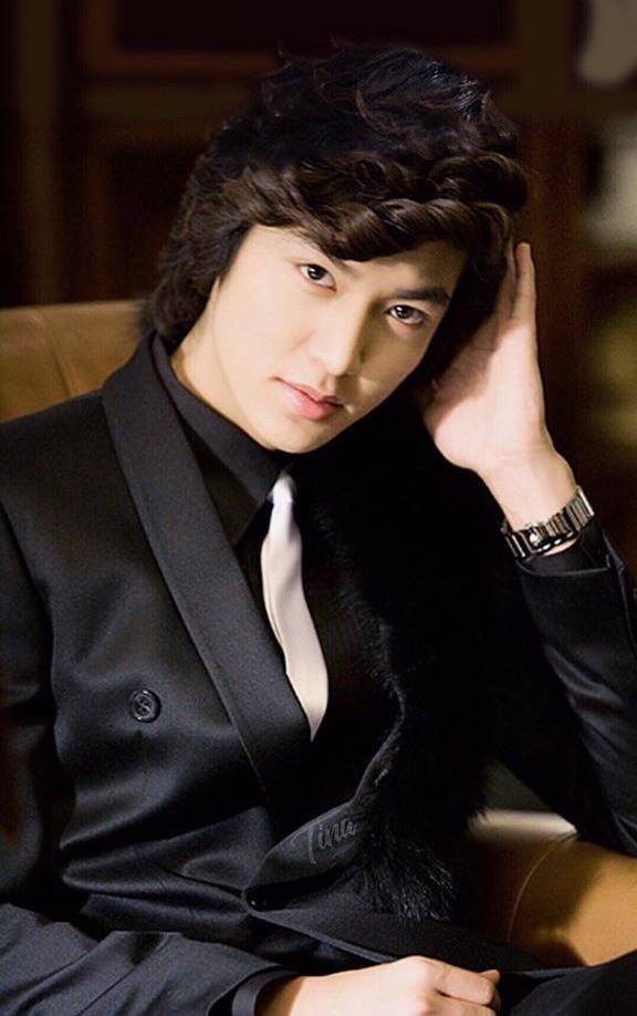 Lee Min Ho tuổi 33 - diễn đơ và không bao giờ nhận vai con nhà nghèo-2